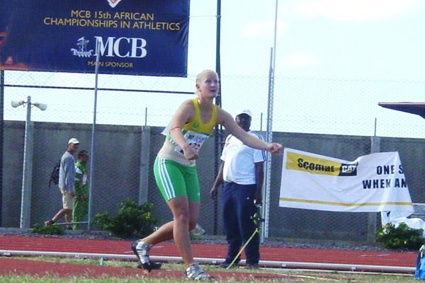 Justine Robbeson wins the women's Javelin Throw at the African Championships (Mark Ouma)