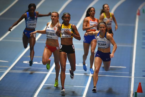 Stephenie Ann McPherson in the 400m semis in Birmingham (Getty Images)