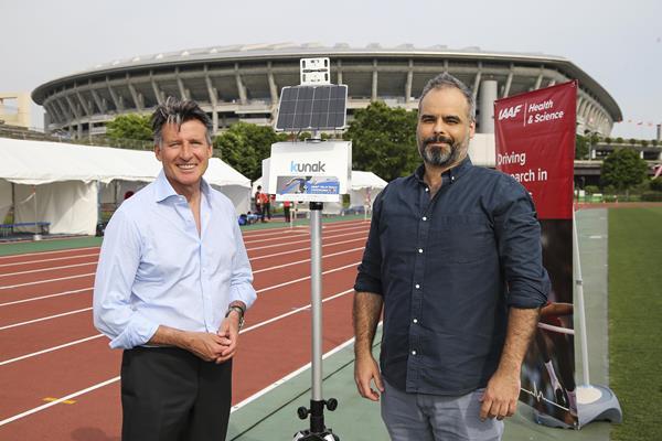 IAAF President Sebastian Coe and Miguel Escribano of Kunak in Yokohama (Roger Sedres)