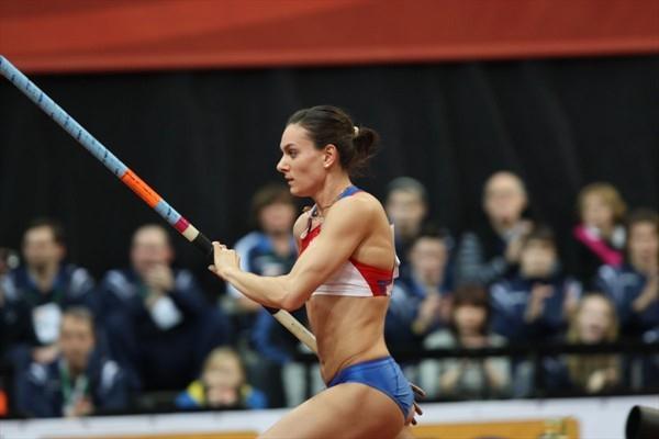 Yelena Isinbayeva in Prague (Pavel Lebeda/Ceska Sportovni)