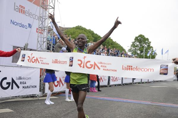 Dominic Kangor wins at the 2016 Riga Marathon (Organisers)