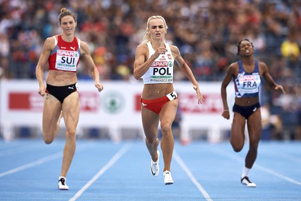 Justyna Swiety-Ersetic races to the 400m title at the European Team Championships in Bydgoszcz (Getty Images)