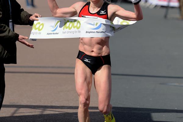 Sviatlana Kouhan wins the women's division of the 2012 Brighton Marathon (Mark Shearman)