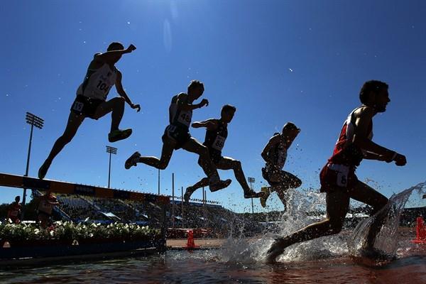 The men's Steeplechase heats get underway with a splash (Getty Images)