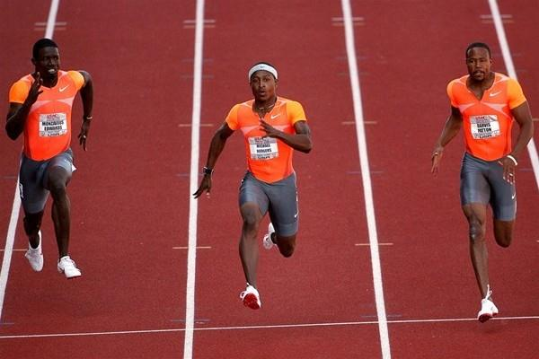 Michael Rodgers (c) takes a narrow 100m victory at the US championships (Getty Images)