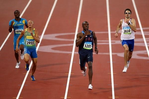 Lashawn Merritt produces the fastest time of the semi finals with 44.12 (Getty Images)