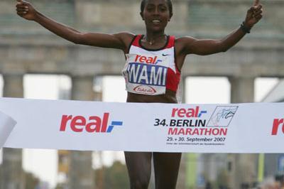 Gete Wami successfully defends in Berlin (Bongarts)
