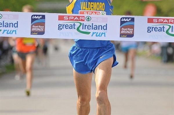 Jesus Espana takes the a 10Km win in Dublin (Organisers)