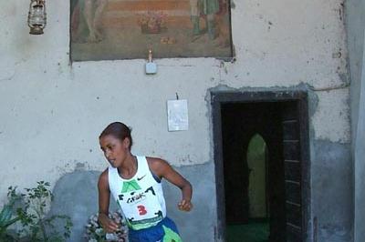 Maryam Yussuf Jamal of Bahrain wins the 2007 Cinque Mulini (Lorenzo Sampaolo)