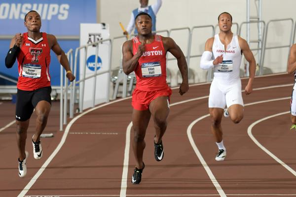 Elijah Hall sizzles to a 20.02 victory at the NCAA Indoor Championships (Kirby Lee)