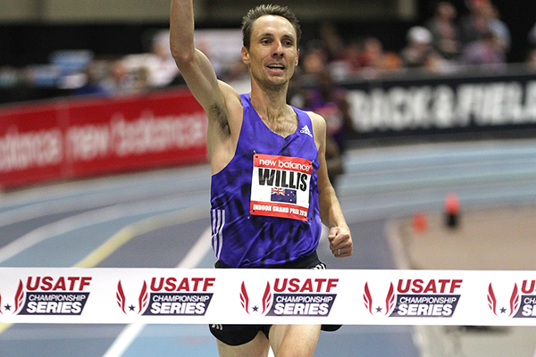 Nick Willis wins the mile at the New Balance Indoor Grand Prix in Boston (Andrew McClanahan)