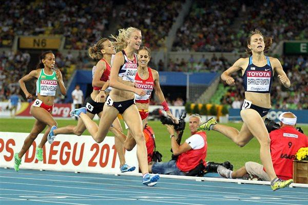 Jennifer Barringer Simpson of United States approaches the finish line to claim gold ahead of (L-R) Kalkidan Gezahegne of Ethiopia, Btissam Lakhouad of Morocco, Hannah England of Great Britain and Natalia Rodriguez of Spain  during the women's 1500 metres final  (Getty Images)