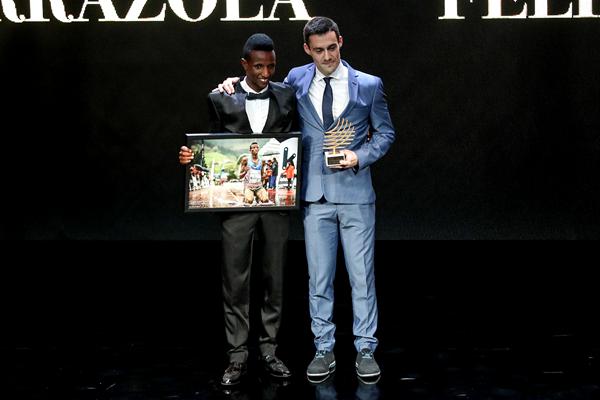 Felix Sanchez Arrazola, winner of the Athletics Photograph of the Year at the IAAF Athletics Awards 2018, alongside Selemon Barega, the subject of the winning photo (Philippe Fitte)
