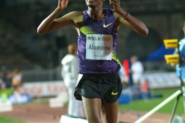 Almirew Yenew wins the 3000m at the 11th Notturna di Milano (Lorenzo Sampaolo)