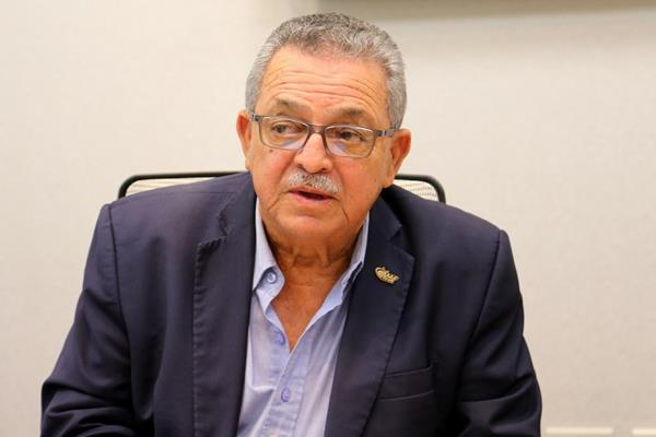NACAC President Victor Lopez in San Juan (Hector Martinez)