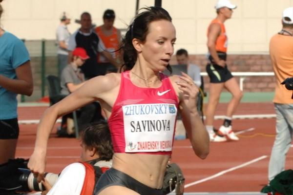 Mariya Savinova on her way to victory at 800m at 2010 Znamenskiy Memorial (LOC)