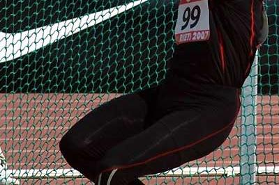 Koji Murofushi takes the Hammer Throw win in Rieti (Lorenzo Sampaolo)