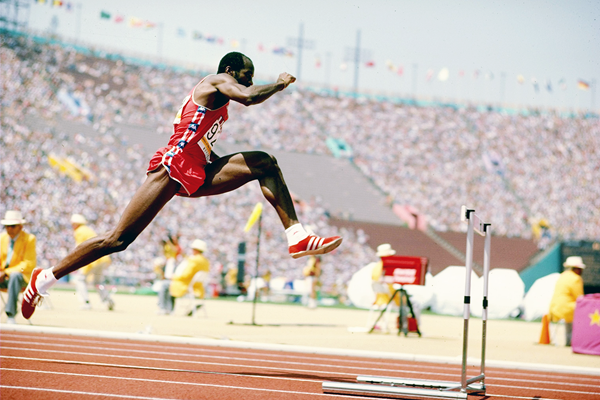 Ed Moses in the 400m hurdles at the 1984 Olympic Games (Getty Images)