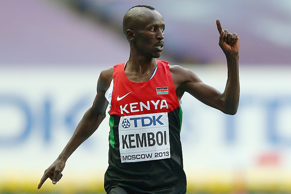 Ezekiel Kemboi wins the 3000m steeplechase at the IAAF World Championships (Getty Images)