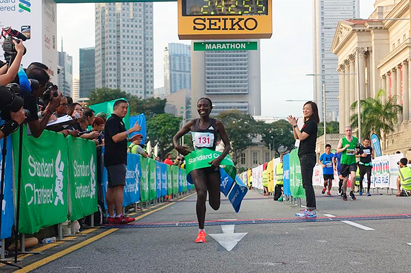Rebecca Kangogo Chesir wins the Singapore Marathon (Organisers)