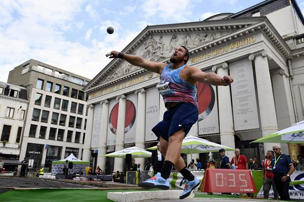 Tom Walsh in the shot put at the IAAF Diamond League meeting in Brussels (AFP / Getty Images)