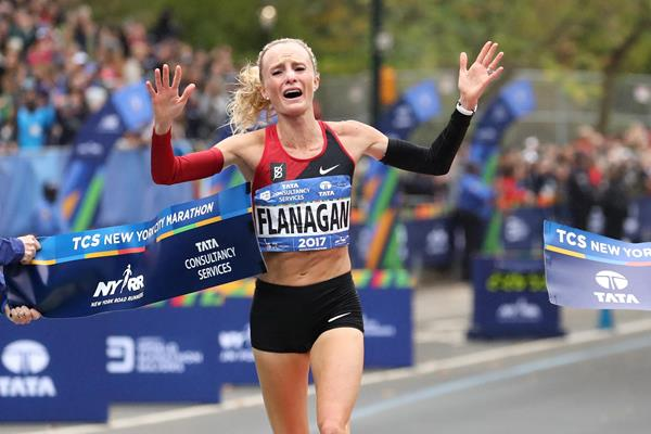 Shalane Flanagan wins the 2017 New York Marathon (Getty Images)