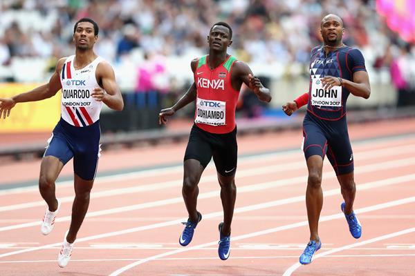 Kenyan sprinter Mark Otieno Odhiambo (c) at the 2017 World Championships (Getty Images)