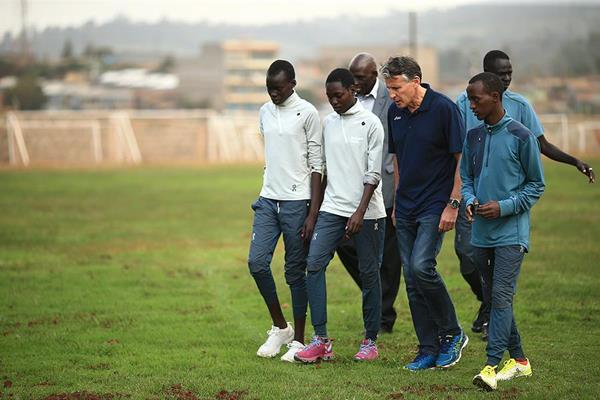 IAAF President Sebastian Coe talks to athletes at the refugee camp in Ngong (Getty Images)