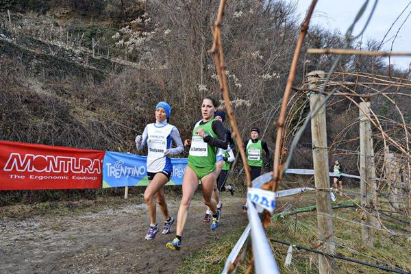 Silvia La Barbera on her way to winning the Cross della Vallagarina (Daniele Montigiani)