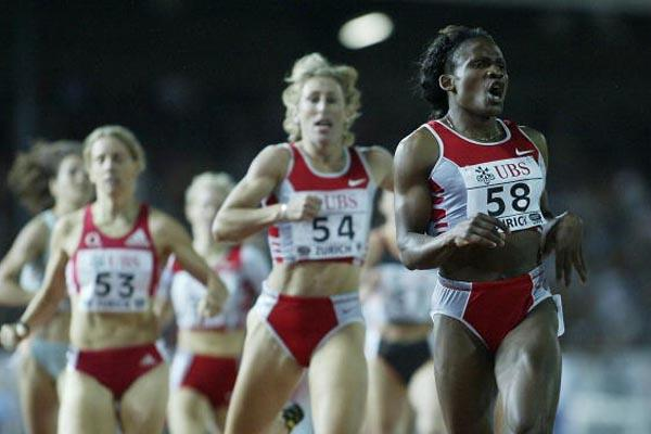 Maria Mutola of Mozambique wins her fifth consecutive Golden League meet in Zurich (Getty Images)