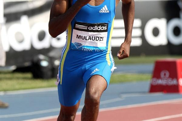 Mbulaeni Mulaudzi takes the 800m in his US debut in New York (Victah Sailer)