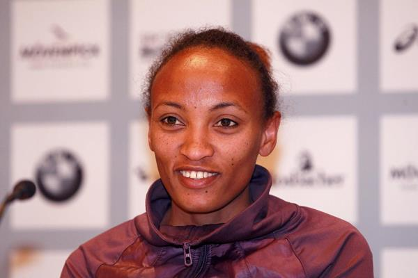 Meselech Melkamu at the press conference ahead of the Frankfurt Marathon (Victah Sailer)