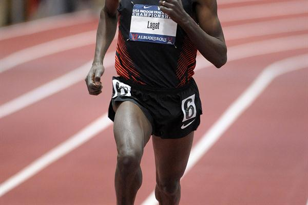 Bernard Lagat cruises to the US 3000m title in Albuquerque (Kirby Lee)