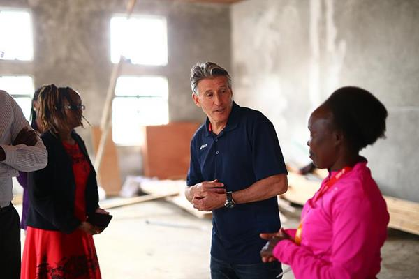 IAAF President Sebastian Coe with Tegla Loroupe at the refugee camp in Ngong (Getty Images)