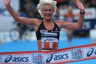 Eva Maria Gradwohl from Austria wins the women's Marathon in Florence (Lorenzo Sampaolo)