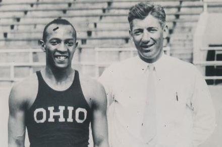 Owens with coach Larry Snyder