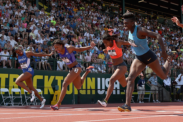 Dawn Harper Nelson wins the 100m hurdles in Eugene (Getty Images)