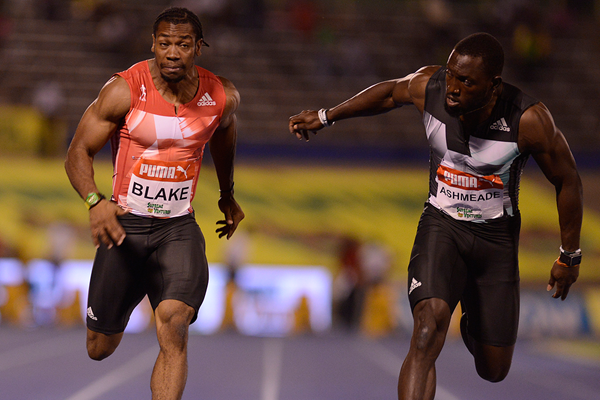 Yohan Blake wins the 100m at the Jamaican Championships (AFP / Getty Images)