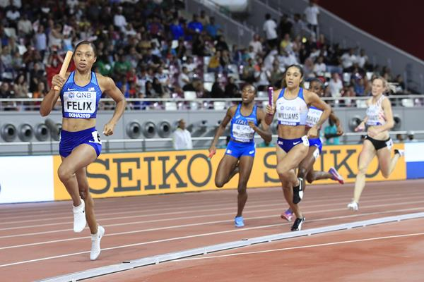 Allyson Felix in the opening round of the 4x400m relay at the IAAF World Athletics Championships Doha 2019 (IAAF)