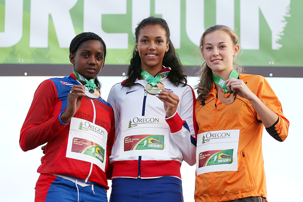 Heptathletes Yorgelis Rodriguez, Morgan Lake and Nadine Visser on the podium at the IAAF World Junior Championships Oregon 2014 (Getty Images)