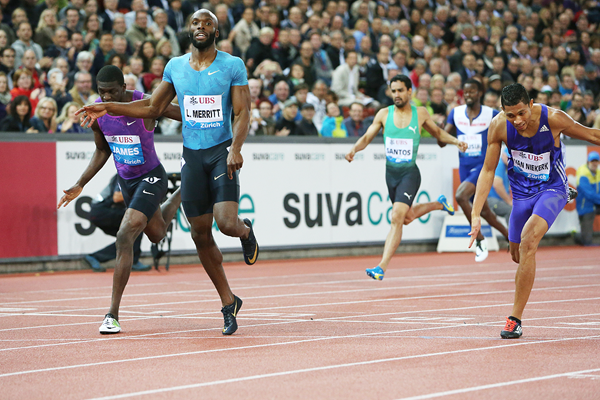 LaShawn Merritt wins the 400m from Kirani James at the IAAF Diamond League meeting in Zurich (Jean-Pierre Durand)
