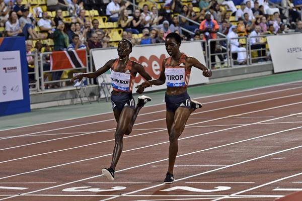Caroline Chepkoech Kipkirui wins the 3000m at the IAAF Diamond League meeting in Doha (Hasse Sjogren)