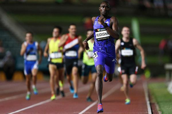 David Rudisha on his way to winning the 800m in Sydney (Getty Images)