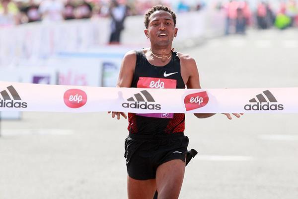 Another Half-marathon win for Zersenay Tadese (Victah Sailer)