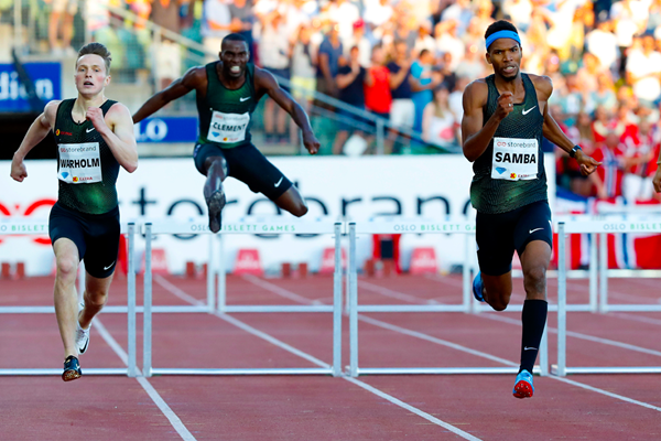 Abderrahman Samba on his way to winning the 400m hurdles at the IAAF Diamond League meeting in Oslo (AFP / Getty Images)