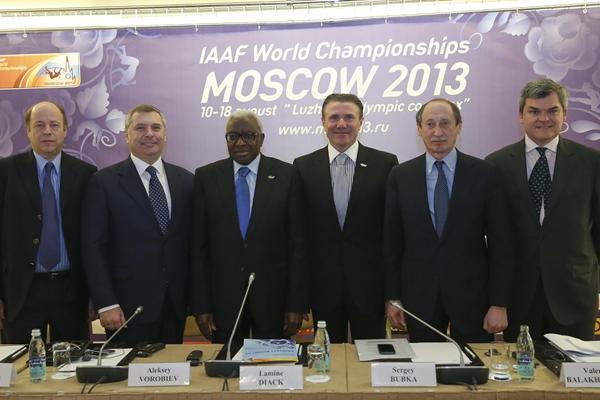 Moscow 2013 Press Conference, 8 April 2013 - Aleksandr Polinskiy, Aleksey Vorobiev, Lamine Diack, Sergey Bubka, Valentin Balakhnichev, Nick Davies (Aleksandr Melnikov / Moscow 2013 LOC)