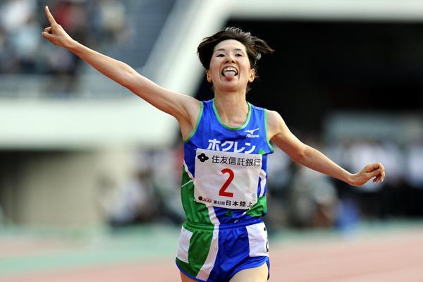 Yukiko Akaba takes the Japanese 10,000m title in Hiroshima (Kishimoto Nobutake Yoneoka)