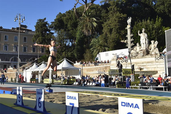Claudia Salman-Rath in the long jump at the Fly Europe meeting in Rome (FIDAL)