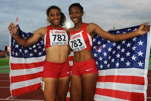 Ky Westbrook and Ariana Washington in the girls 100m Final at the IAAF World Youth Championships 2013 (Getty Images)