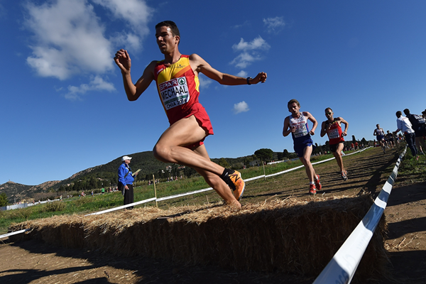 Spain's Adel Mechaal in action at the European Cross Country Championships (Getty Images)